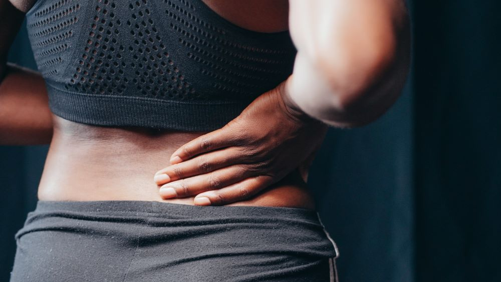 la clinica simple tips on how to deal with back pain